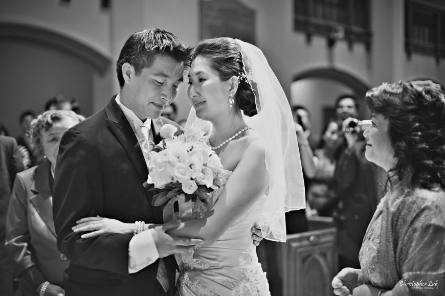 Christopher Luk Weddings 2011 - Assunta and Richard - Timothy Eaton Memorial Church - Bride and Groom Candid