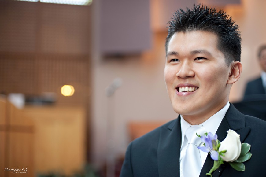 Christopher Luk 2011 - Jenny and James' Wedding - Trinity Presbyterian Church York Mills, Evergreen Brick Works, Renaissance by the Creek Toronto Mississauga - Groom's Face Reaction as Bride is Walking Down the Aisle Church Ceremony Processional
