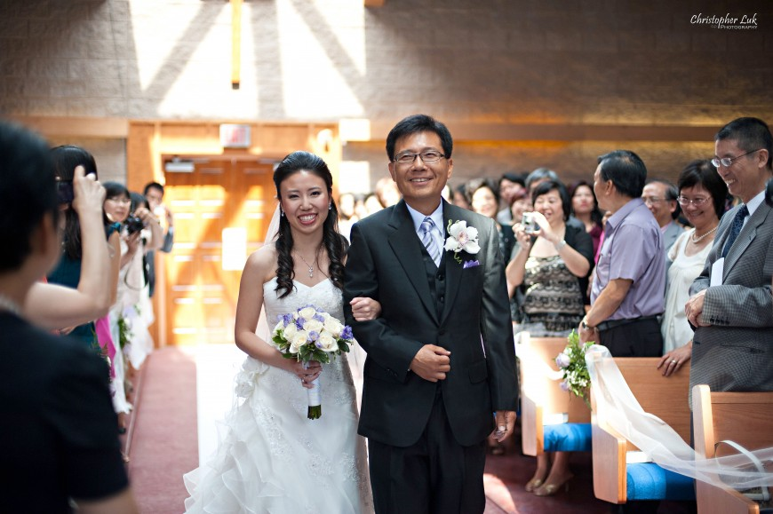 Christopher Luk 2011 - Jenny and James' Wedding - Trinity Presbyterian Church York Mills, Evergreen Brick Works, Renaissance by the Creek Toronto Mississauga - Father and Bride Walking Down the Aisle Smiling Holding Flowers Bouquet Processional