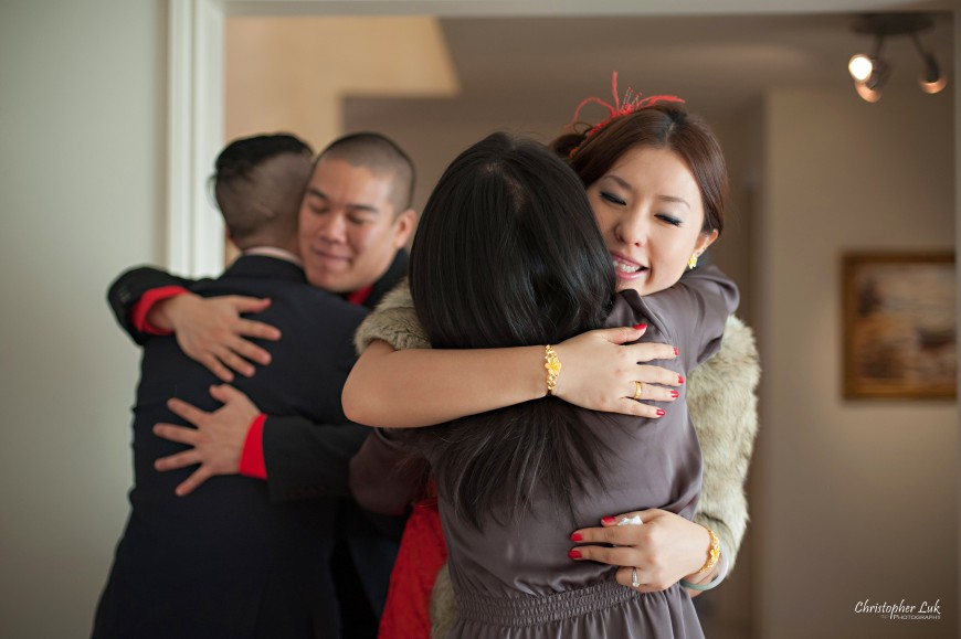 Christopher Luk 2012 - Lucy Chang and Kevin Fung - Markham Richmond Hill Toronto Traditional Chinese Tea Ceremony - Family Hug