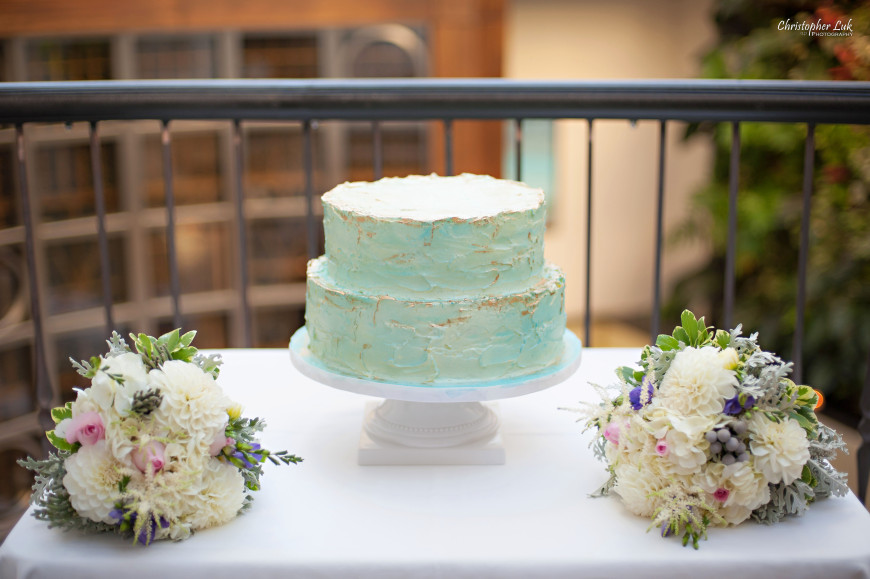 Christopher Luk 2013 - Grace and Victor's Wedding - Sassafraz Restaurant Yorkville Royal Ontario Museum Downtown Toronto Event Photographer - Teal Turquoise Blue and Gold Cake Flowers