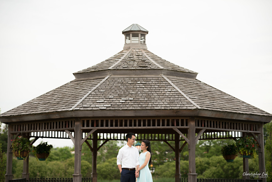 Christopher Luk Engagement Session 2015 - Ying Ying and Alvin - Richmond Hill Green Park Markham York Region - Bride Groom Relaxed Creative Portrait Candid Natural Photojournalistic Gazebo