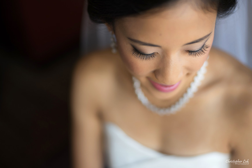 Christopher Luk 2015 - Jaynelle and Ernest's Wedding - Toronto Chinese Baptist Church Osgoode Hall Argonaut Rowing Club Henley Room Waterfront Venue - Photojournalistic Natural Candid Smile Bride Getting Ready Crystal White Gold Necklace Eyes Makeup Artist Detail