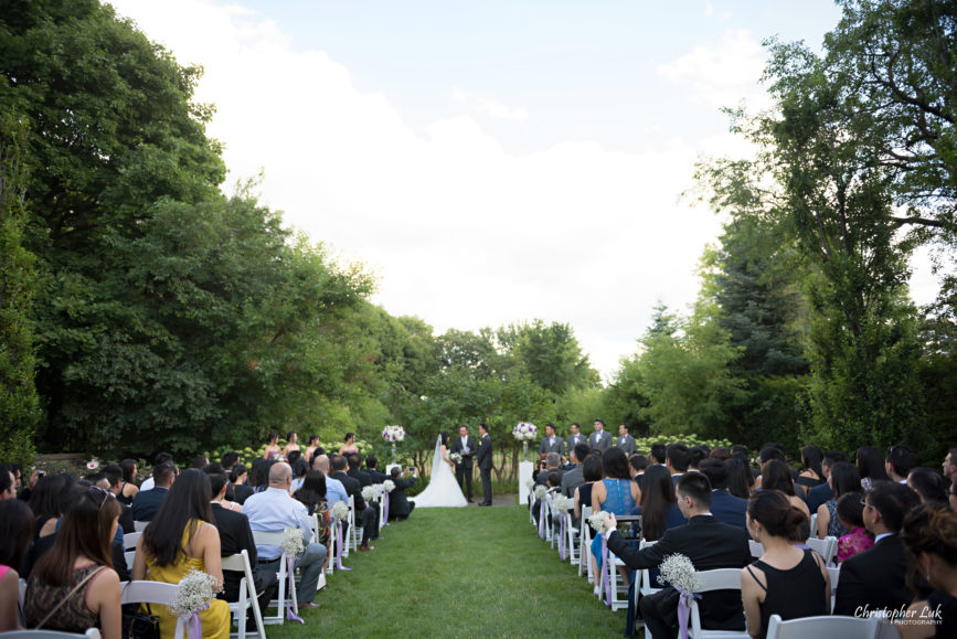 Christopher Luk (Toronto Wedding Photographer): Christine and Jonathan's Wedding - Graydon Hall Manor Toronto Foodie Summer Outdoor Garden Ceremony Patio Terrace Tent Dinner Reception Bride Groom Candid Natural Photojournalistic Floral Vase Decor Vows Jeremy Citron Officiant Wide