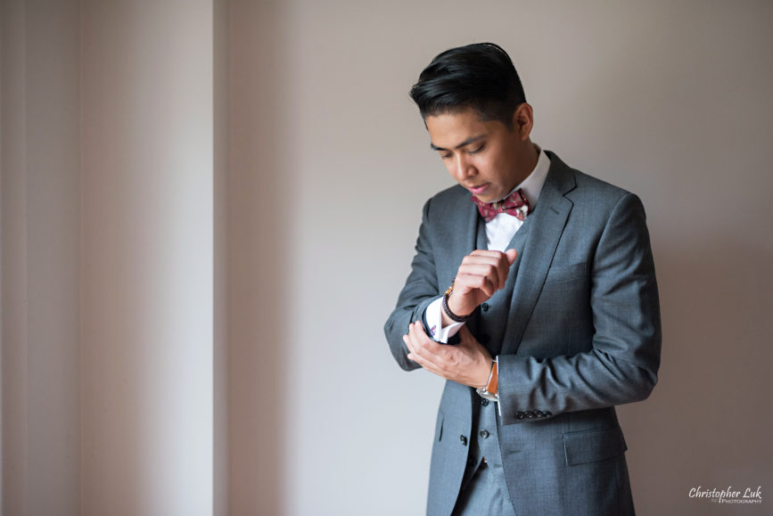 Christopher Luk Toronto Wedding Portrait Lifestyle Event Photographer - Eagles Nest Golf Club Outdoor Ceremony Toronto Raptors Blue Jays Sports Fans Candid Natural Photojournalistic Groom JCrew J Crew Grey Suit Getting Ready