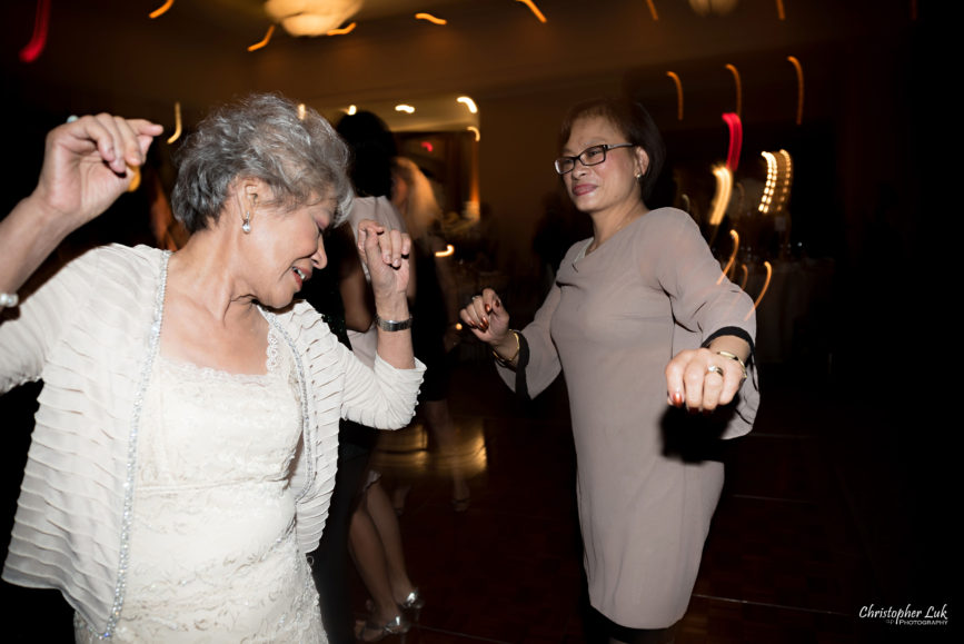 Christopher Luk Toronto Wedding Portrait Lifestyle Event Photographer - Eagles Nest Golf Club Outdoor Ceremony Toronto Raptors Blue Jays Sports Fans Natural Candid Photojournalistic Grandmother Grandma Dance Floor Dancing Fun Move