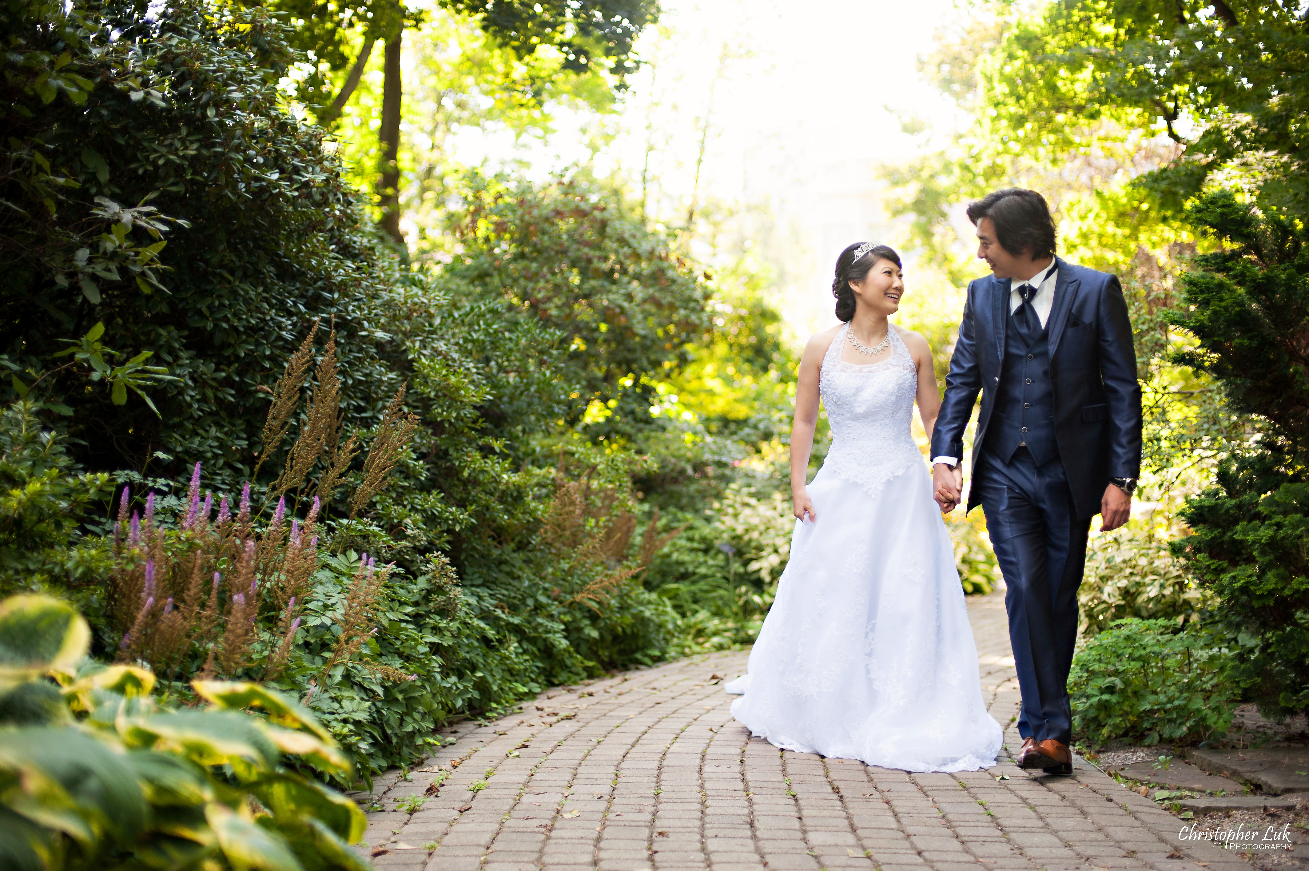 Mikiko and George's Casa Loma Wedding – Toronto Event & Lifestyle Photographer
