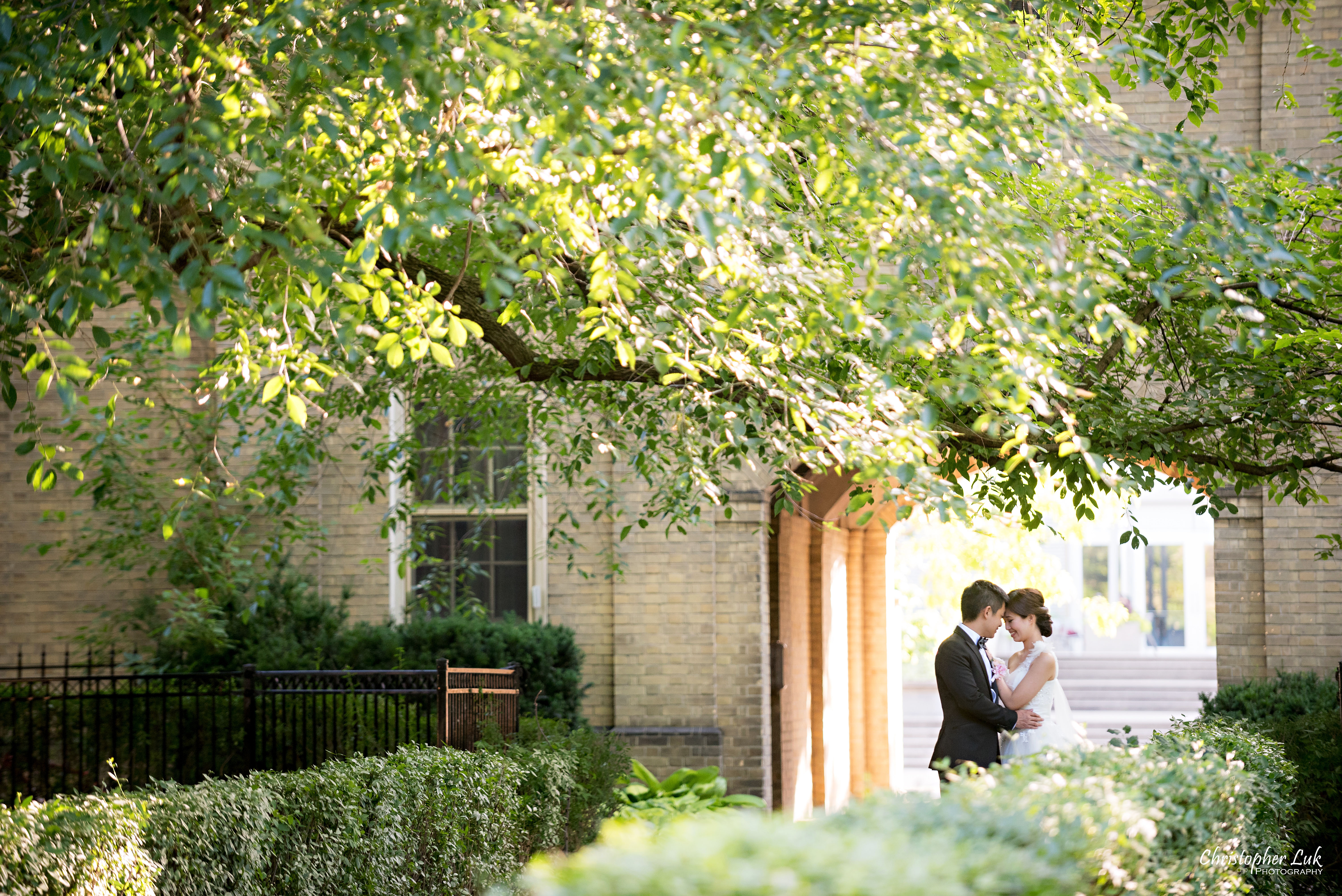 Alison and Kenneth's Pre-Wedding Session – University of Toronto – Toronto Wedding Photographer