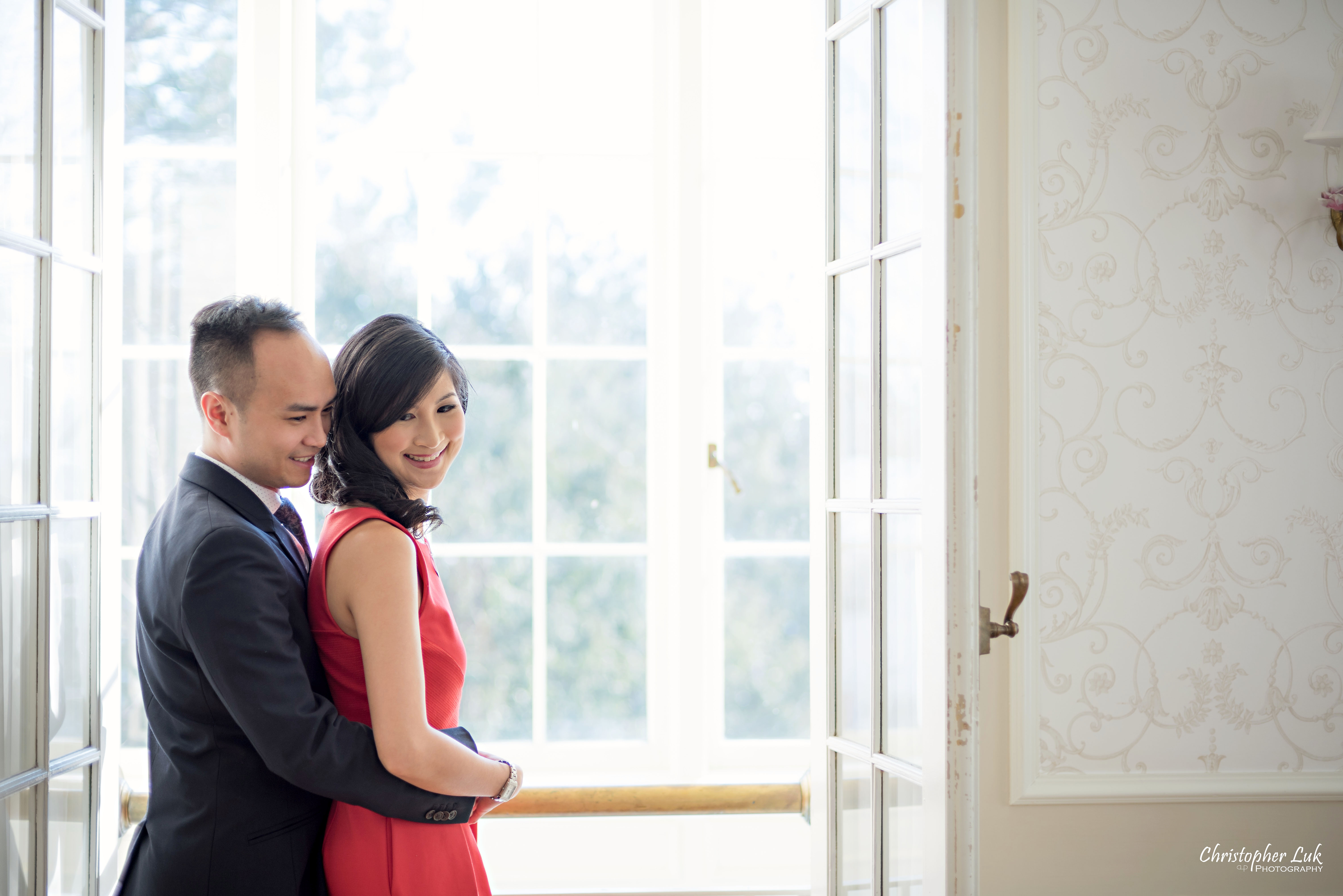 Leslie and Kevin's Winter PreWedding / Engagement Session at The Heintzman House in Markham – Toronto Wedding Photographer