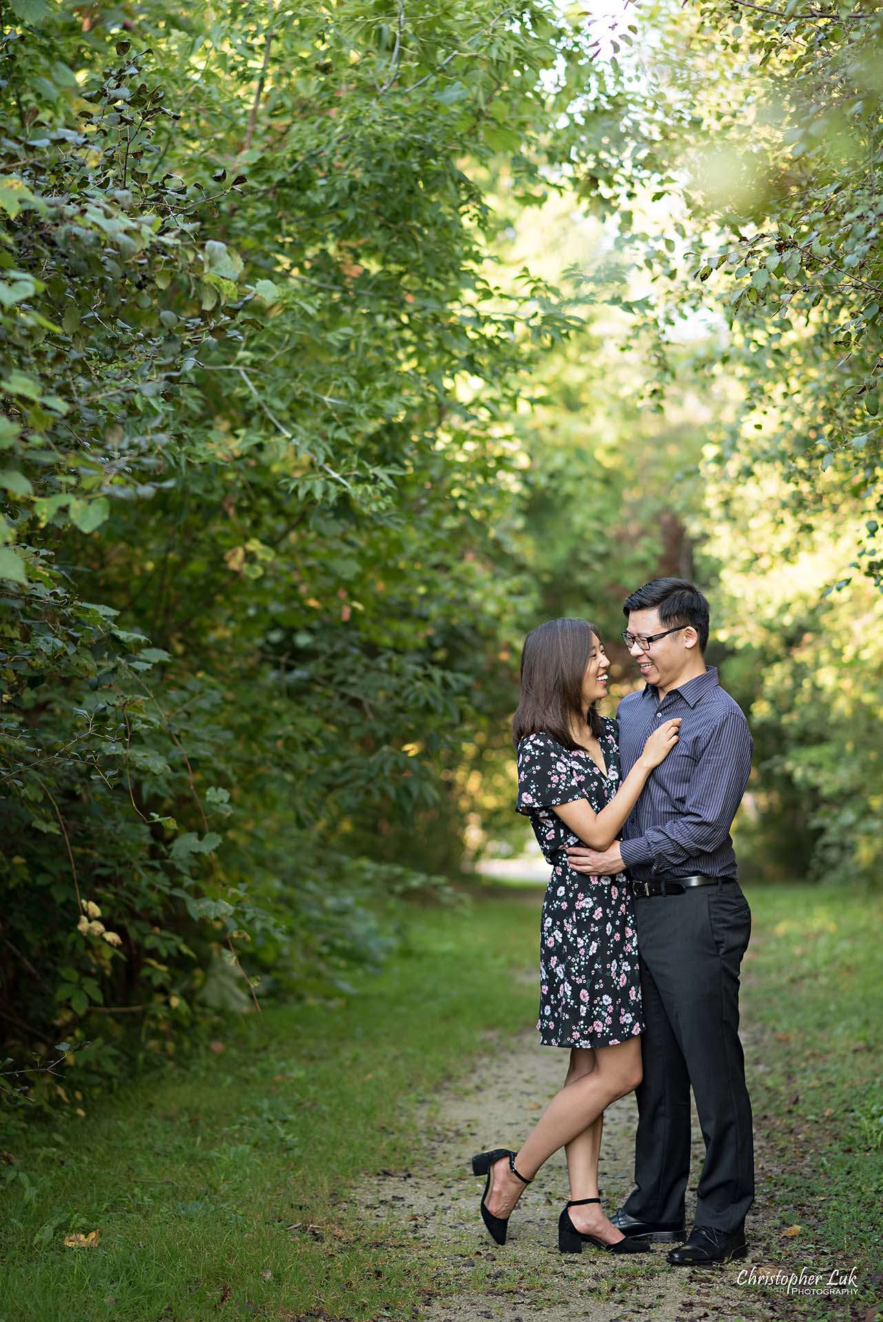 Christopher Luk Toronto Wedding Photographer - Richmond Hill Markham York Region Conservation Area Engagement PreWedding Chinese Korean - Natural Candid Photojournalistic Bride Groom Hug Smile