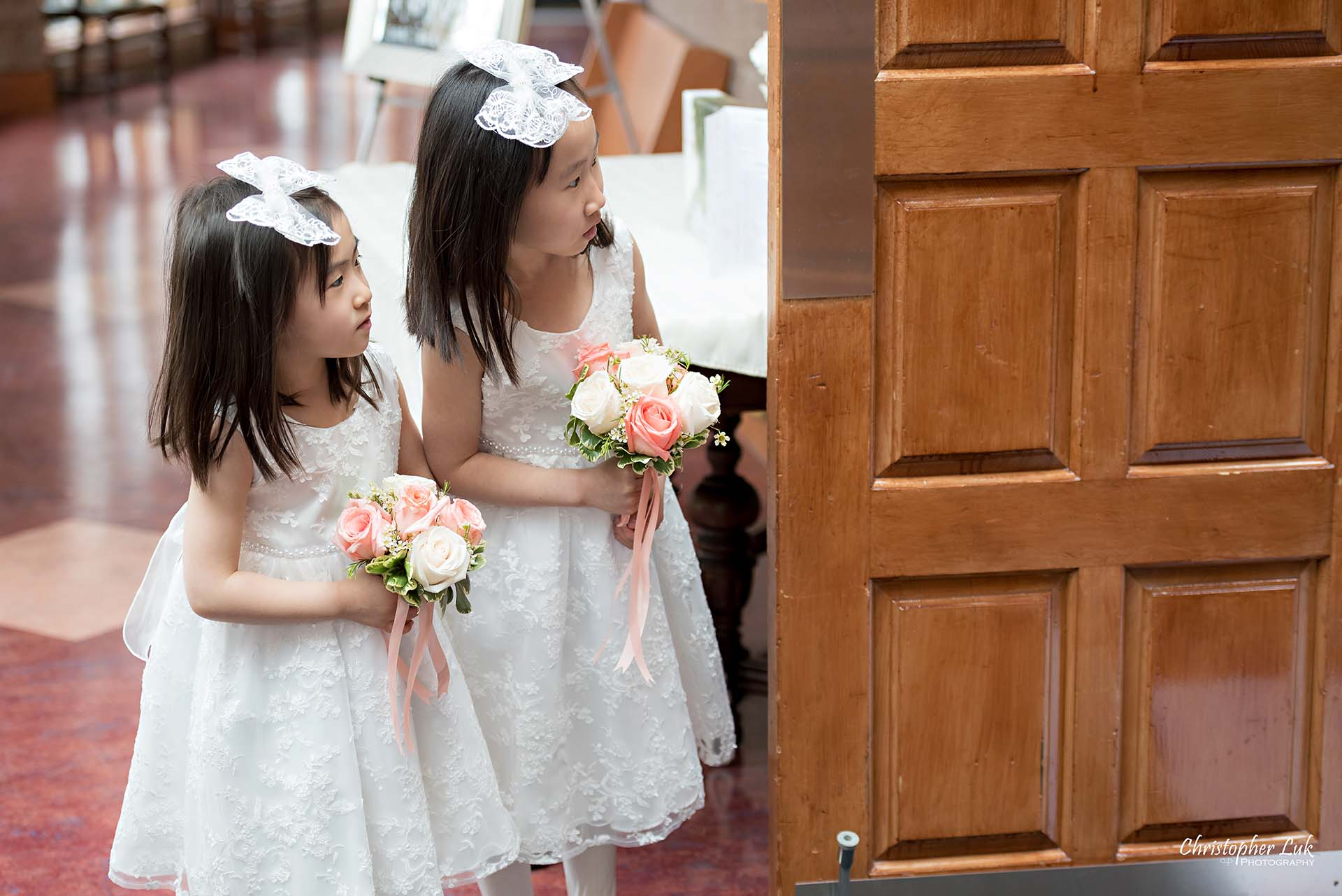 Christopher Luk Toronto Wedding Photographer Trinity York Mills Church Ceremony Sanctuary Candid Natural Photojournalistic Flower Girls