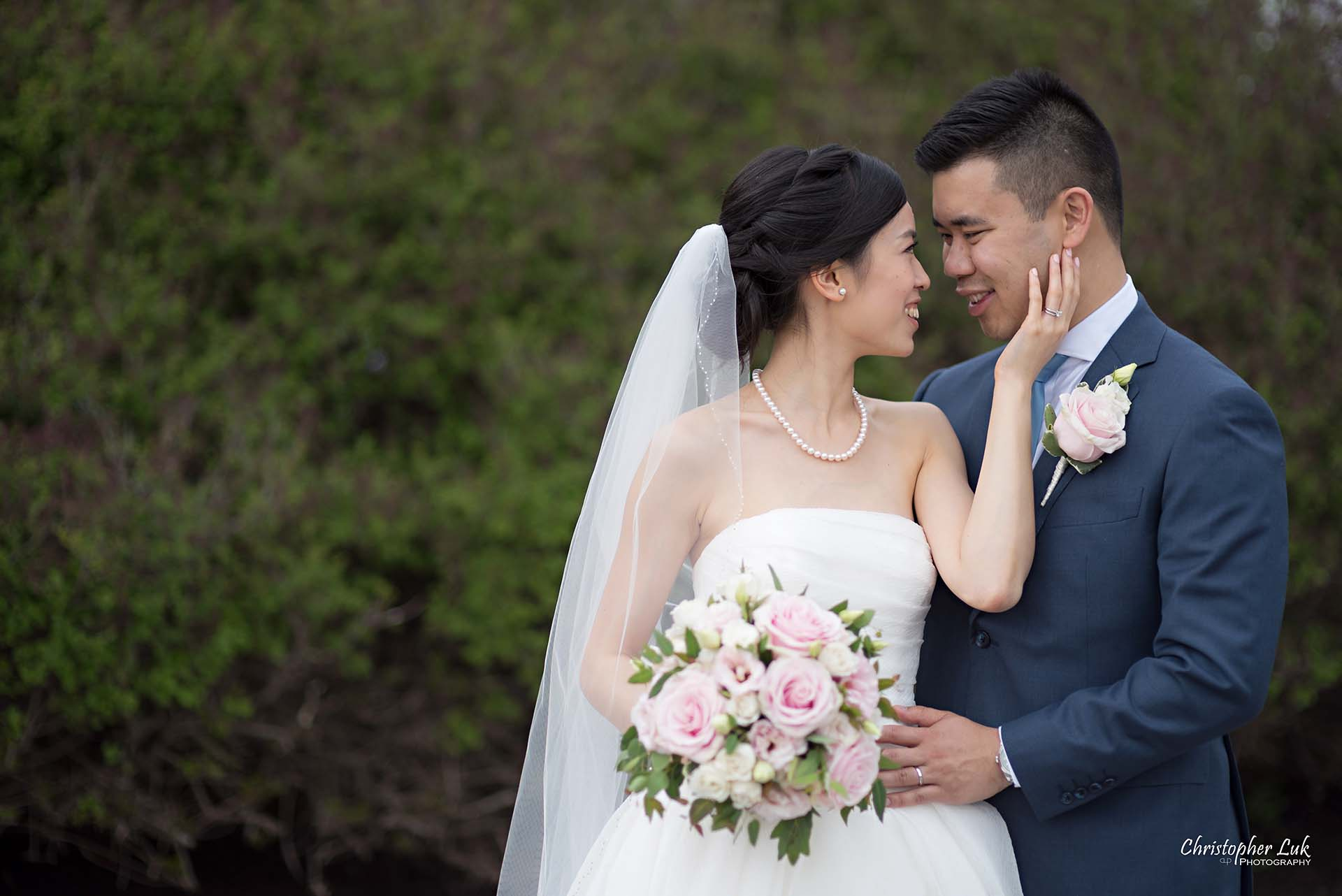 Christopher Luk Toronto Wedding Photographer Angus Glen Golf Club Markham Main Blue Barn Farm Historic Estate Building Together Natural Candid Photojournalistic Bride Groom Intimate Holding Each Other Hug Together Greenery