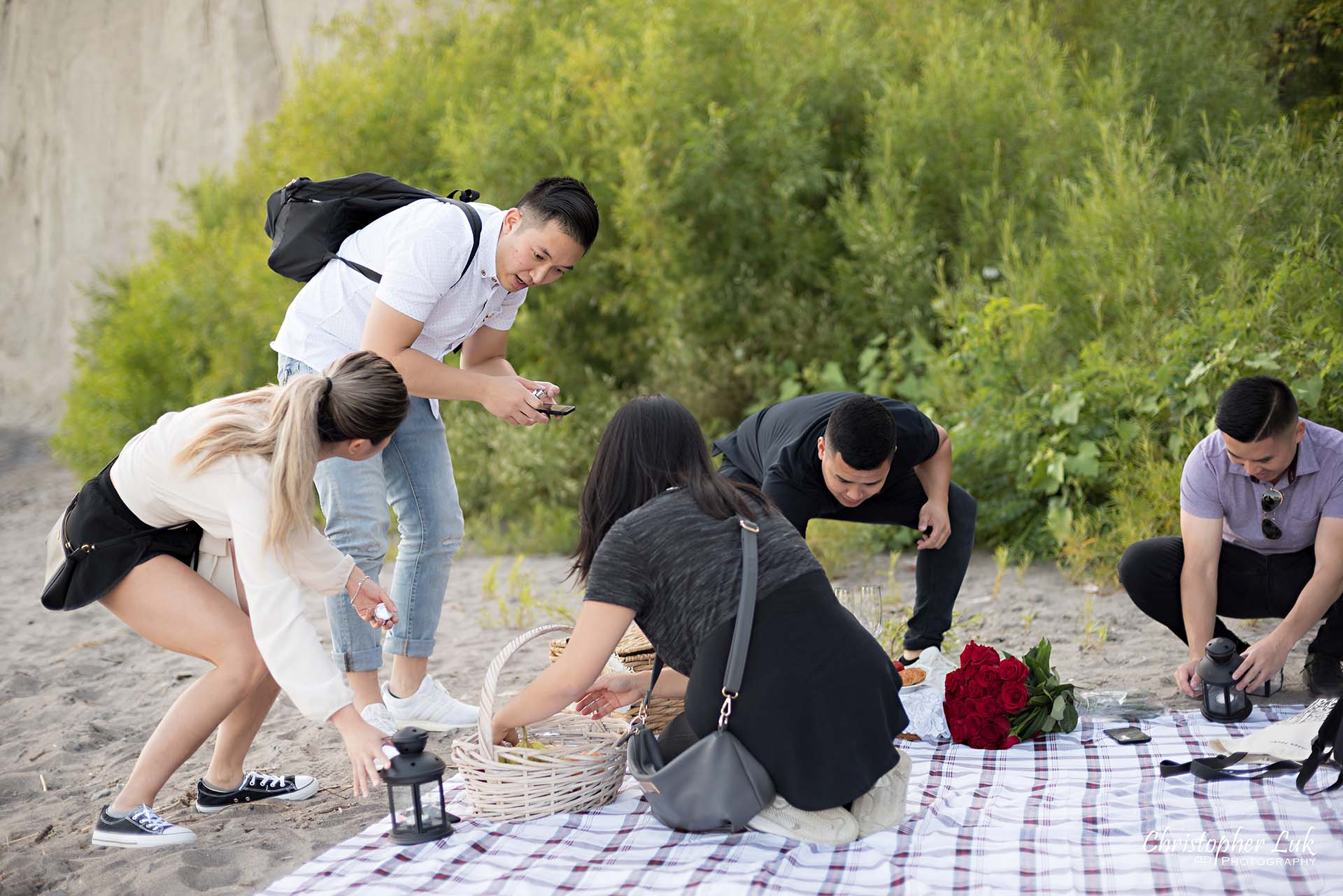 Christopher Luk Toronto Photographer Scarborough Bluffs Beach Park Sunset Surprise Wedding Marriage Engagement Proposal Candid Natural Photojournalistic Bride Groom Friends Helpers Setting Up Teamwork