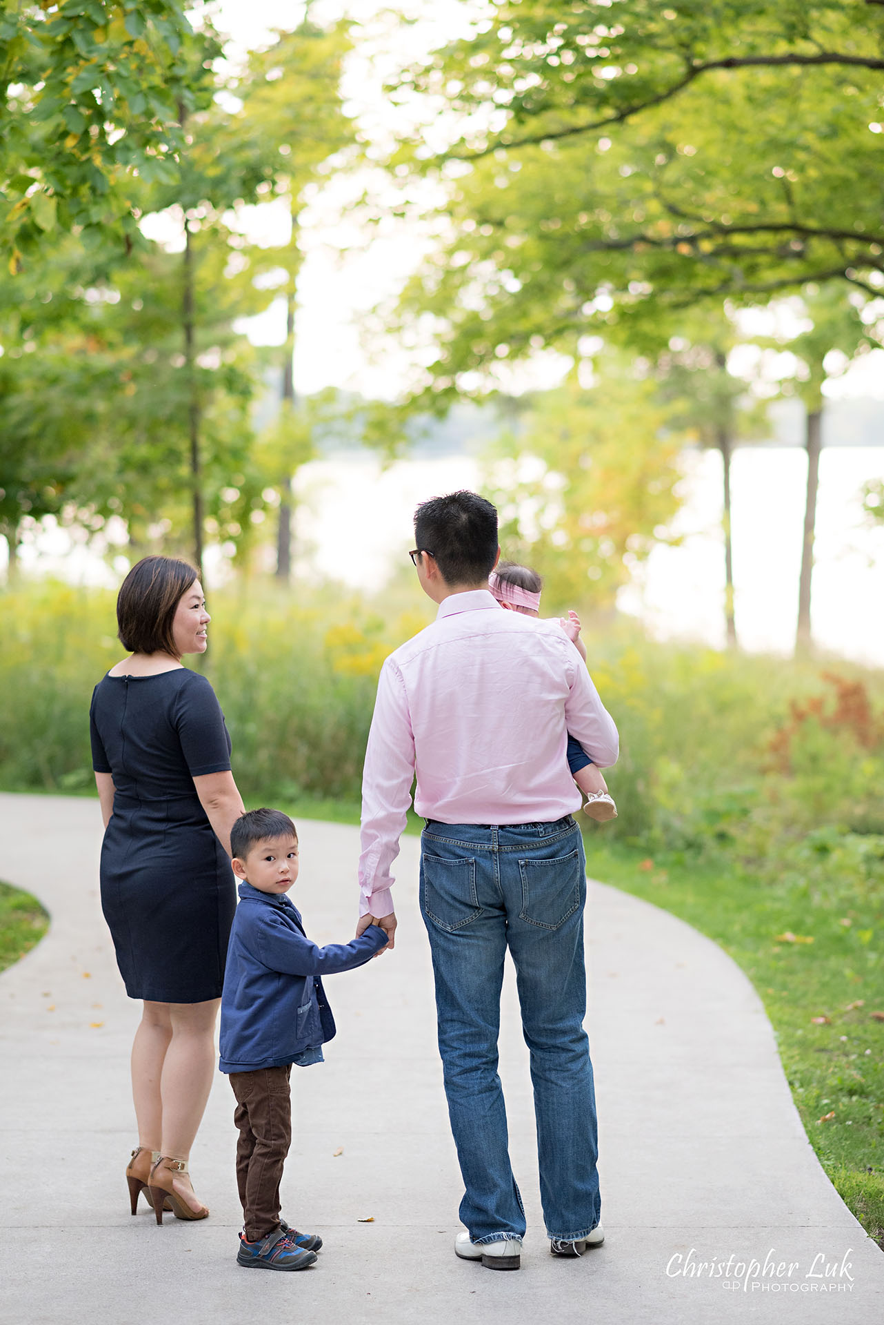 Christopher Luk Toronto Photographer Lake Wilcox Park Family Baby Newborn Richmond Hill Session Mother Father Mom Dad Son Brother Daughter Sister Candid Natural Photojournalistic Looking Back Walking