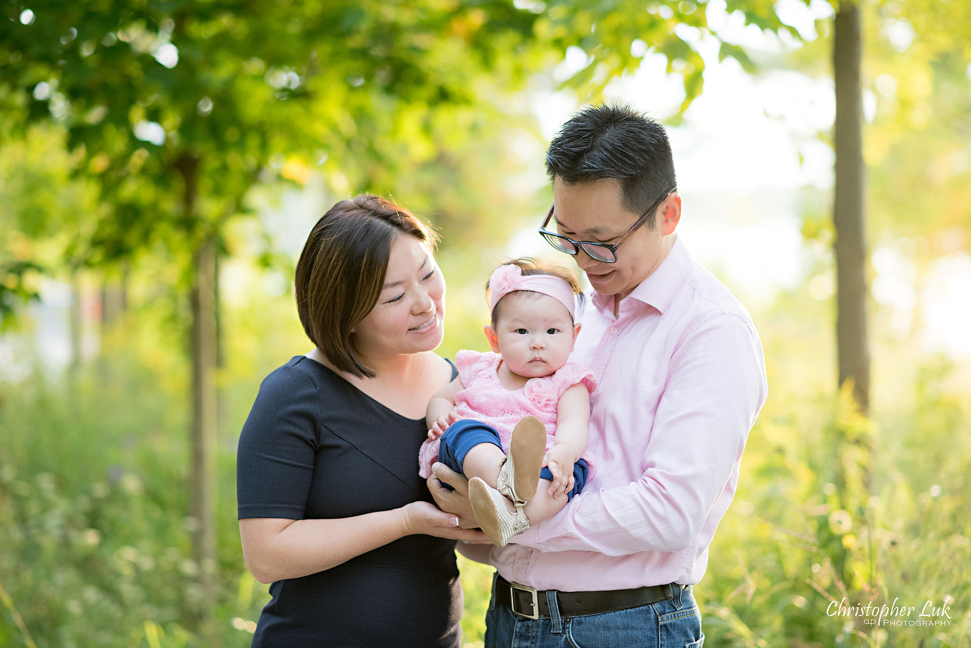 Christopher Luk Toronto Photographer Lake Wilcox Park Family Baby Newborn Richmond Hill Session Mother Mom Father Dad Husband Wife Daughter Sister Baby Hug Hold Candid Natural Photojournalistic