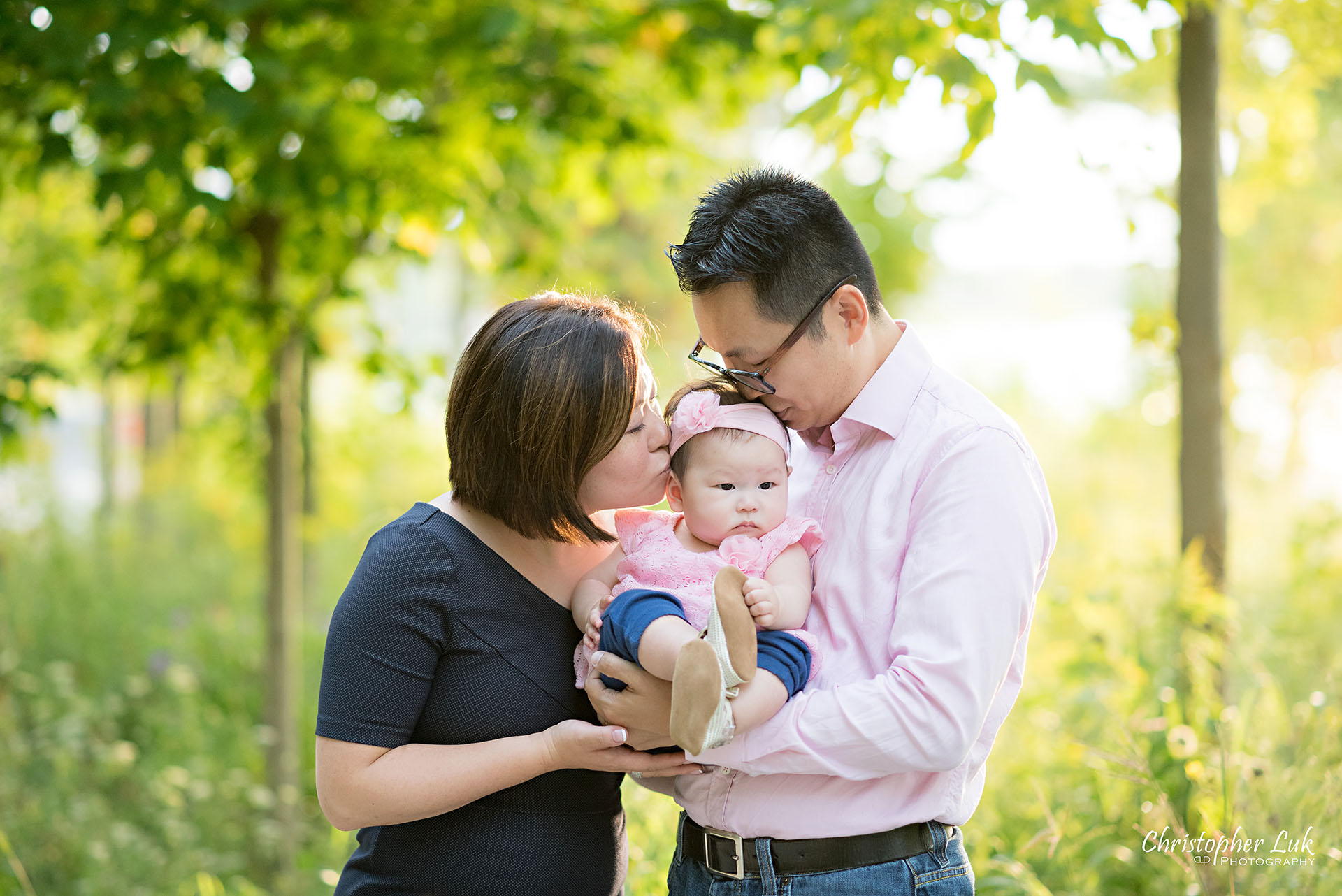 Christopher Luk Toronto Photographer Lake Wilcox Park Family Baby Newborn Richmond Hill Session Mother Mom Father Dad Husband Wife Daughter Sister Baby Hug Hold Kiss