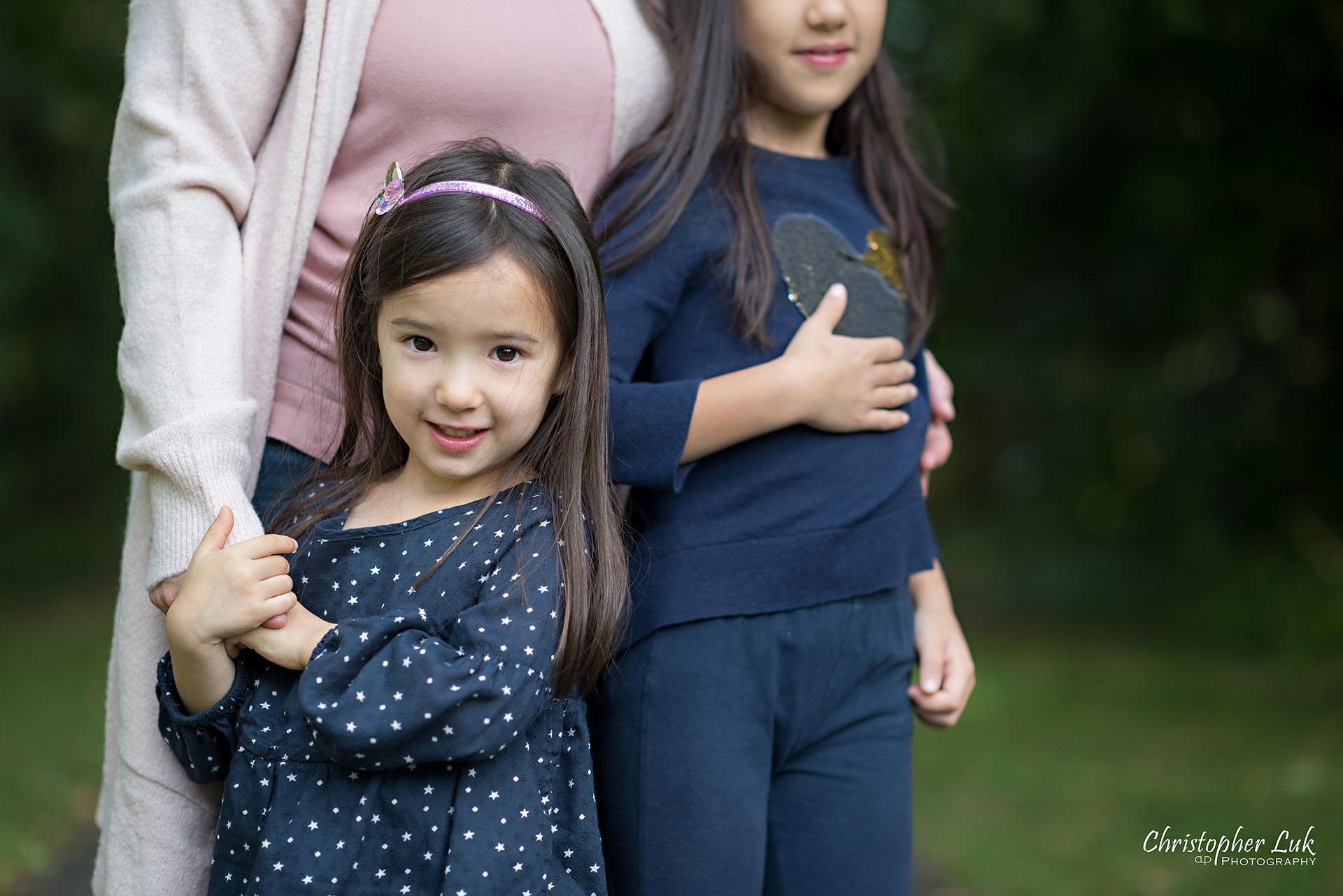 Christopher Luk Family Photographer Toronto Markham Candid Natural Photojournalistic Mother Daughter Sisters Sisterhood Smile