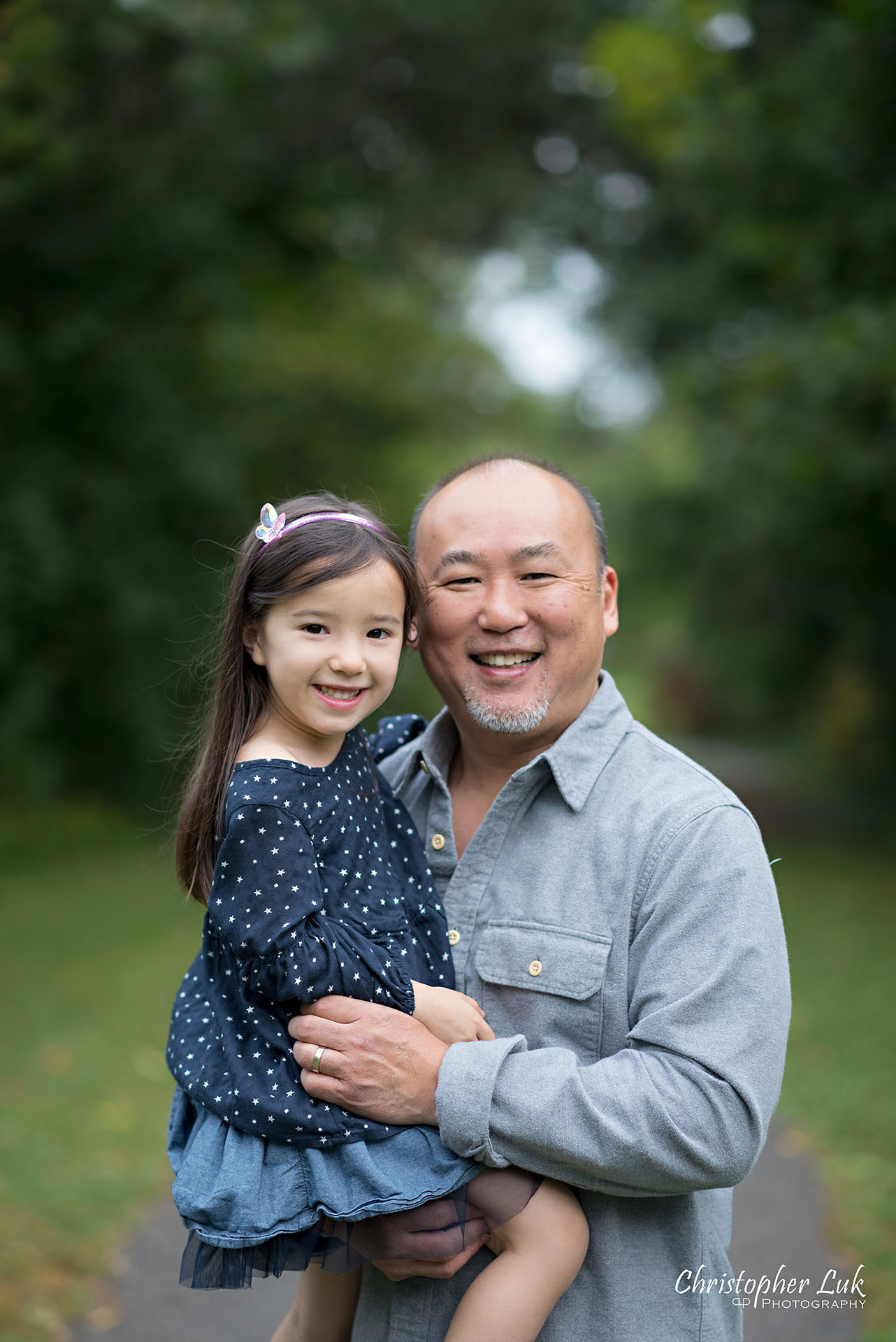 Christopher Luk Family Photographer Toronto Markham Candid Natural Photojournalistic Father Dad Fatherhood Daughter Hug Carry Smile