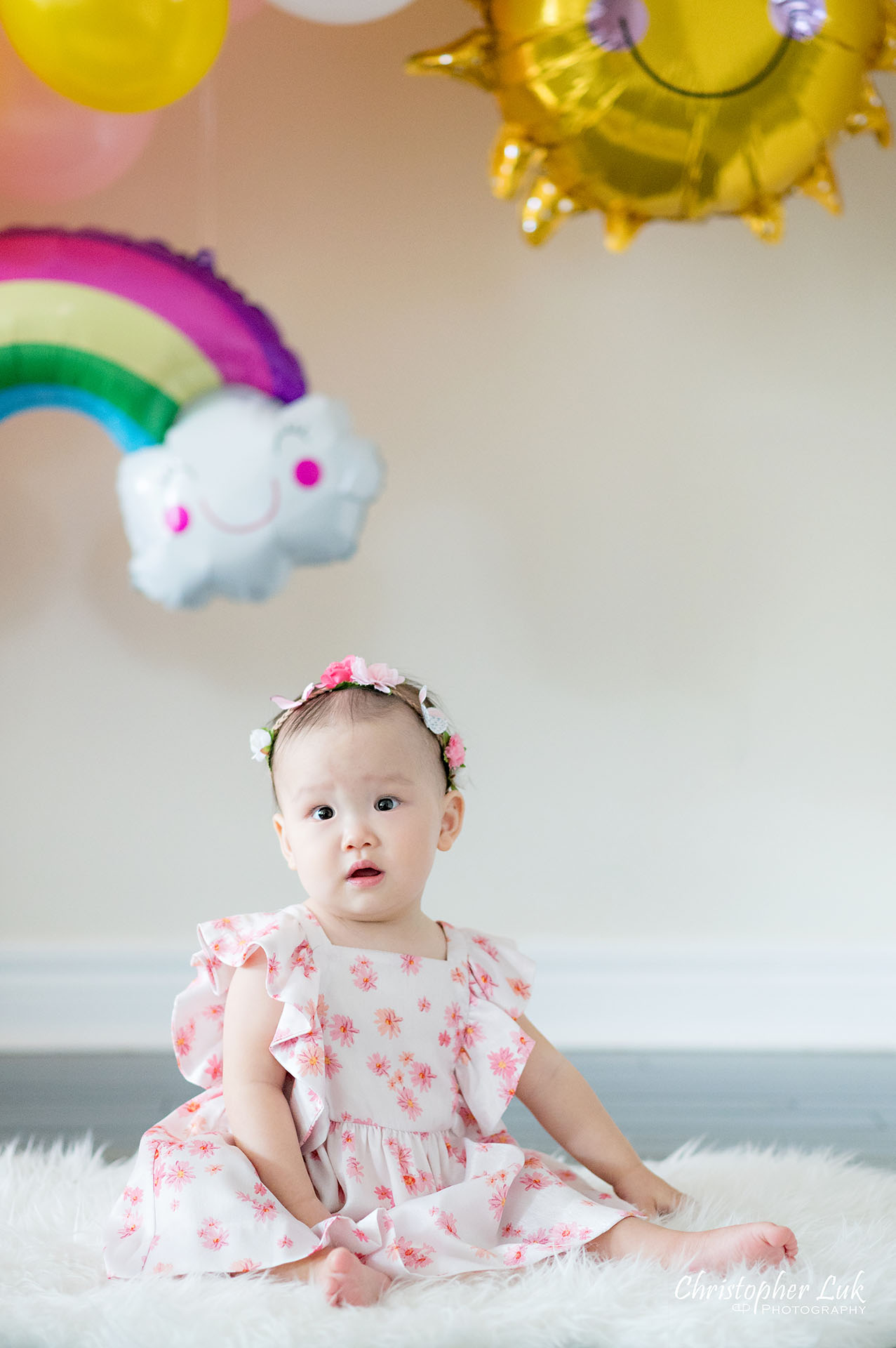 Christopher Luk Toronto Markham Family Photographer Baby Girl First Birthday Balloon Arch Rainbow Pink Natural Candid Photojournalistic Portrait