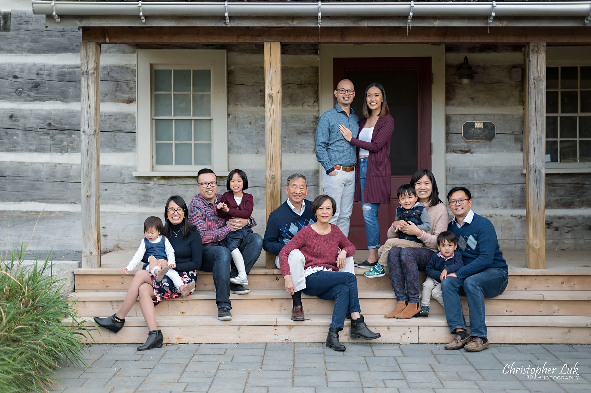 Toronto Markham Grandparents, Children, and Grandchildren Multi-Generational Family