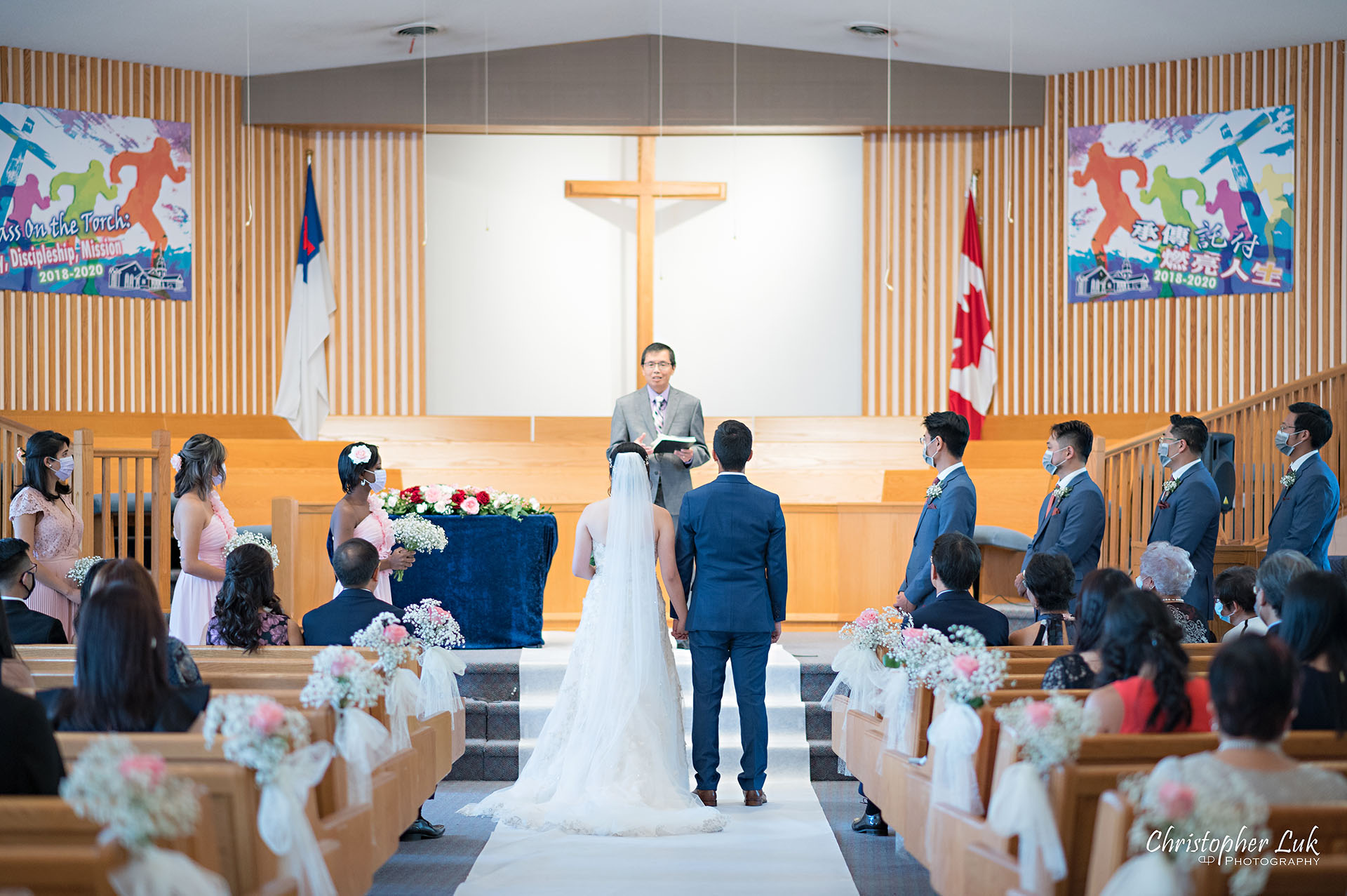 Christopher Luk Toronto Wedding Photographer Bridle Trail Baptist Church Unionville Main Street Crystal Fountain Event Venue Ceremony Location Interior Bride Groom Centre Aisle Sanctuary Officiant Detail