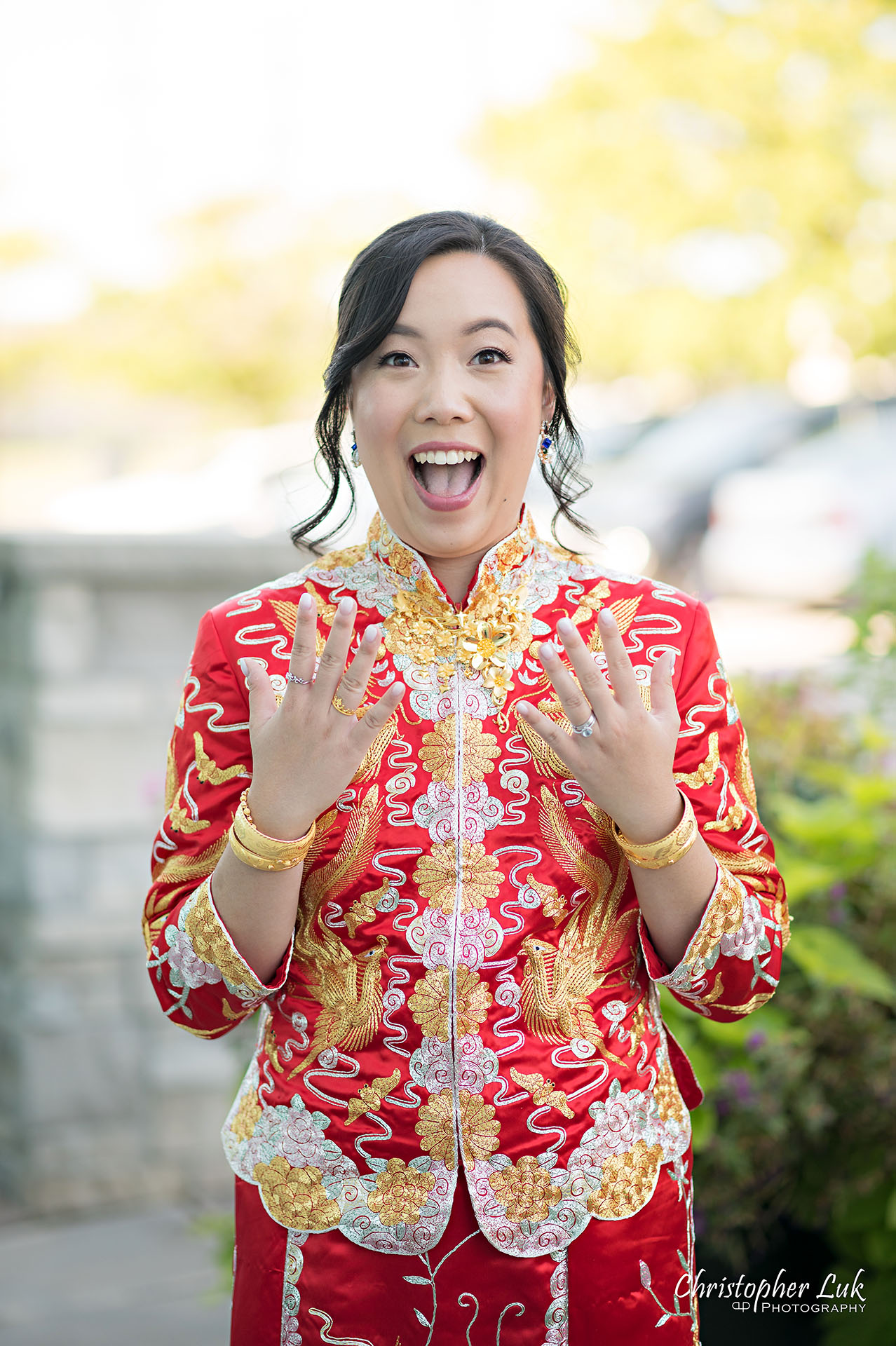 Christopher Luk Toronto Wedding Photographer Bridle Trail Baptist Church Unionville Main Street Crystal Fountain Event Venue Bride Groom Natural Photojournalistic Candid Chinese Tea Ceremony Cheongsam Qipao Kua Qua Gold Jewelry Jewellery Necklace Bracelet Rings Funny Face Smile