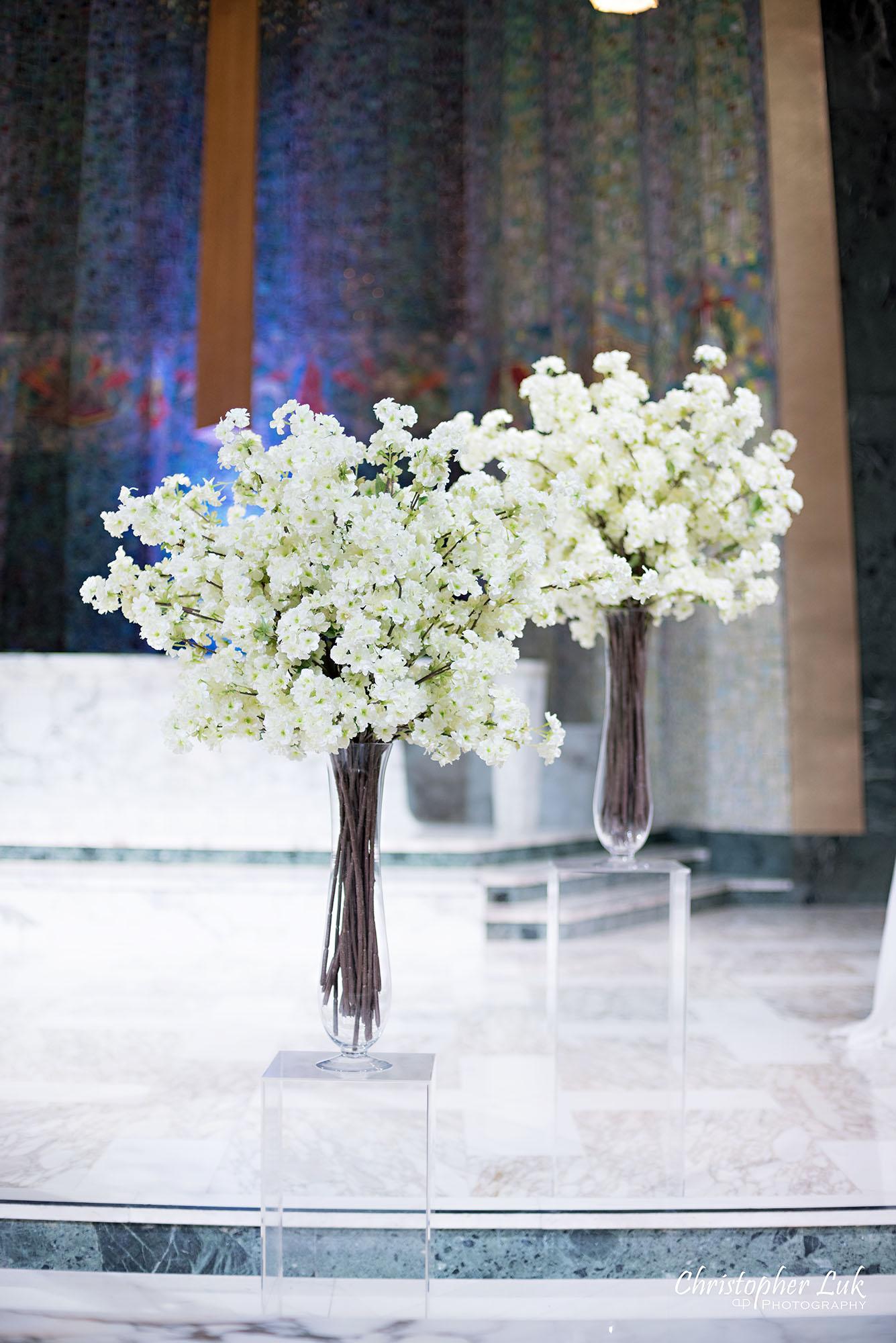 Christopher Luk Toronto Wedding Photography Tyndale Chapel Church Ceremony Venue Location Altar Floral Florist Detail