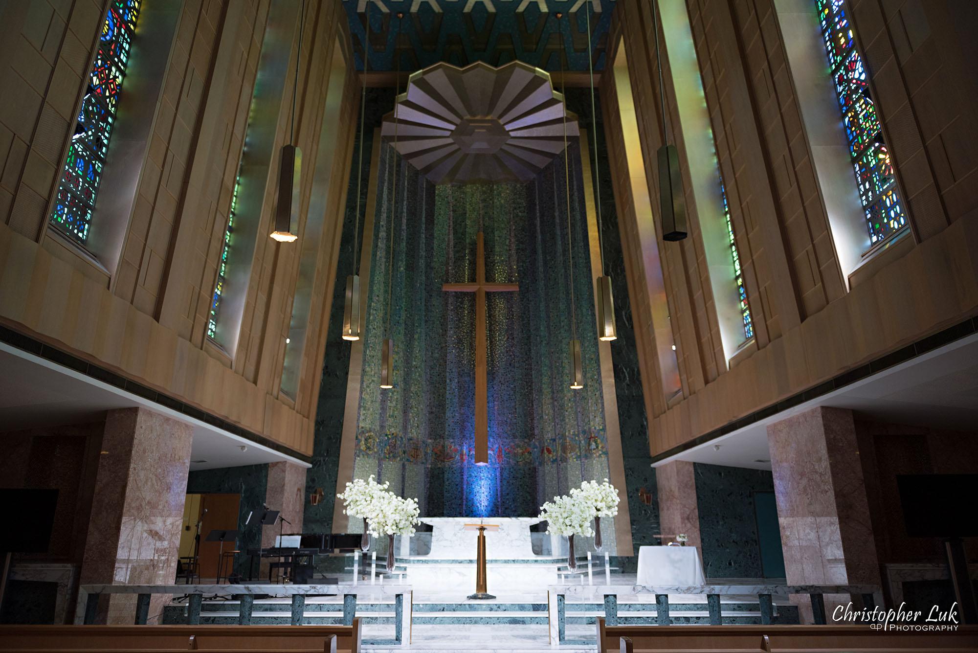 Christopher Luk Toronto Wedding Photography Tyndale Chapel Church Ceremony Venue Location Altar Landscape