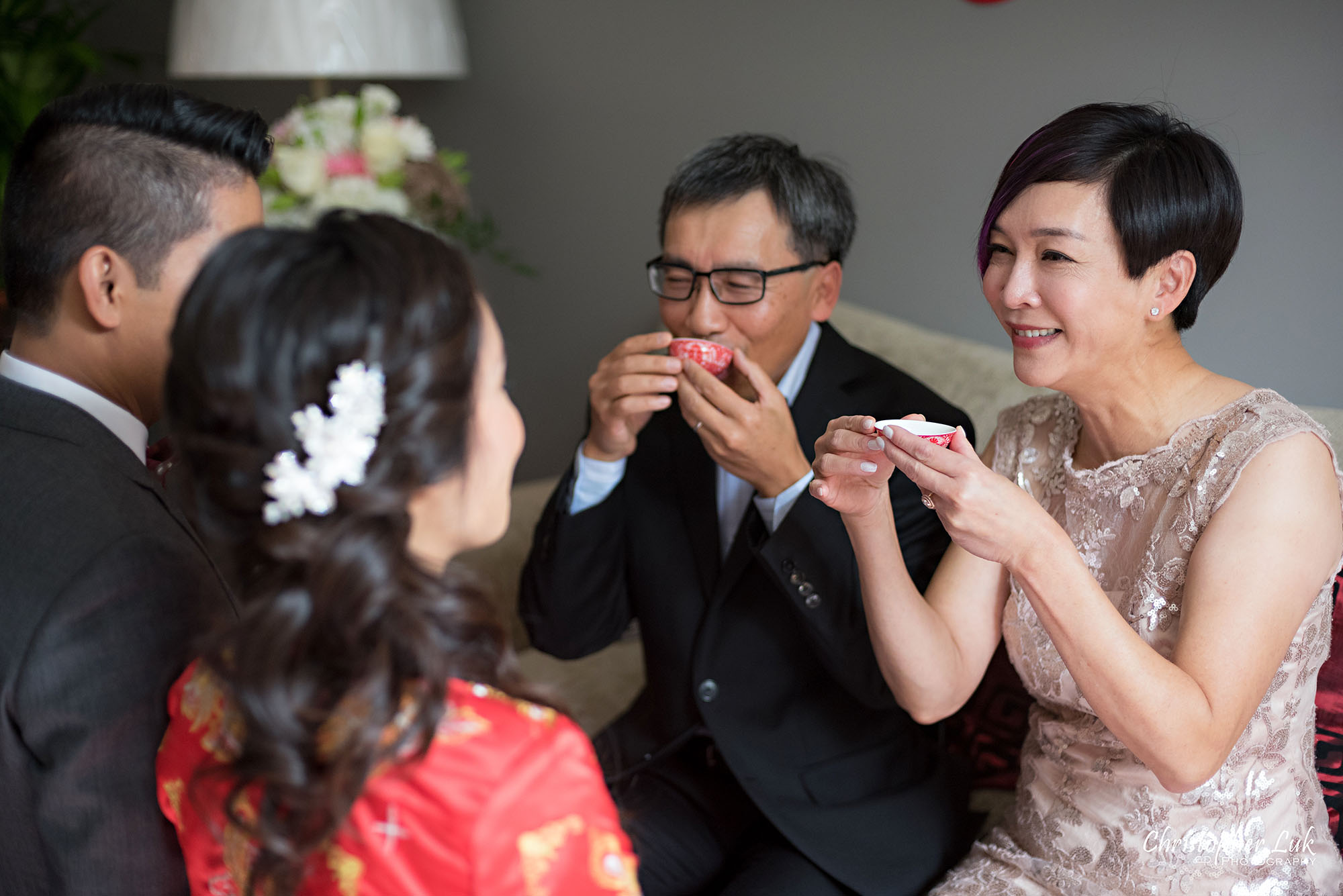 Christopher Luk Photography Toronto Wedding Photographer Chinese Tea Ceremony Bride Groom Mother Father Candid Natural Photojournalistic Happy Smile