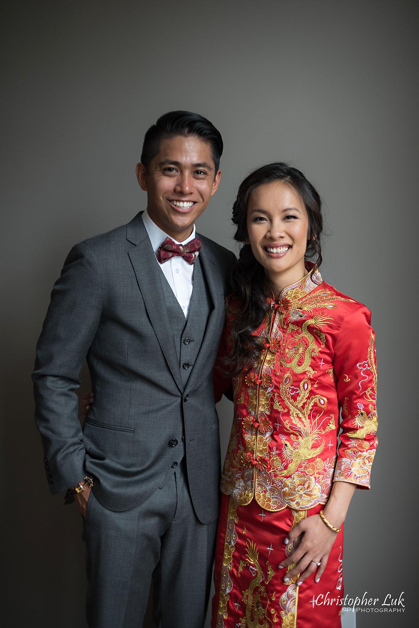 Christopher Luk Photography Toronto Wedding Photographer Chinese Tea Ceremony Bride Groom Candid Natural Photojournalistic Happy Smile Qipao Cheongsam Kua Qua Red Dress