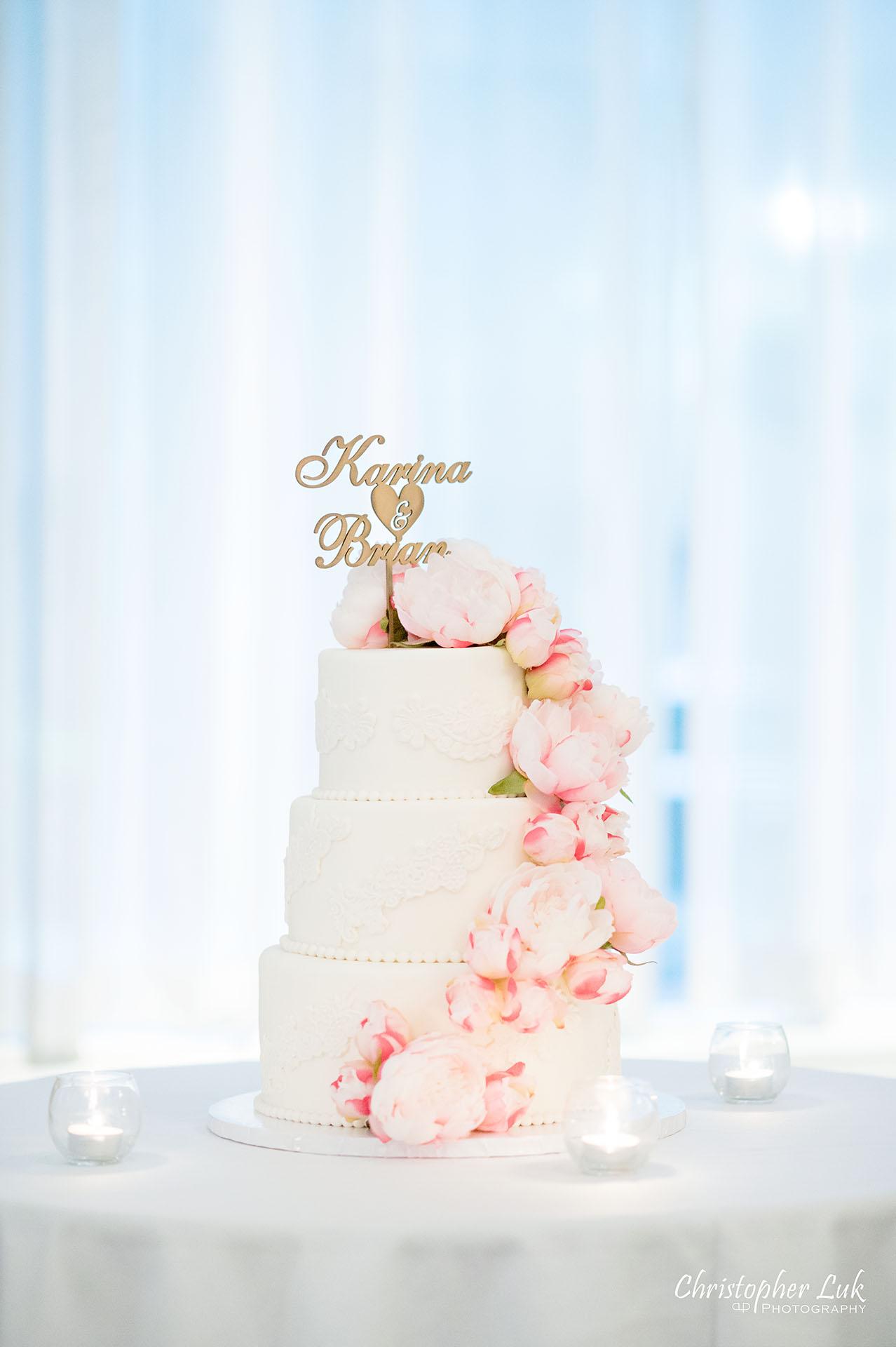 King Edward Hotel Crystal Ballroom Toronto Wedding Photographer MicroWedding Louis XIV Cake Boutique